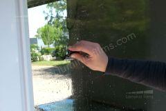 VS203  Grattoir à vitres type Mini Scraper pour retirer toutes les impuretées. Luminis-Films