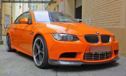 Film covering orange brillant 3D. Variance Auto