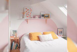 Une tête de lit sur mesure grâce à la découpe personnalisée. Luminis Films