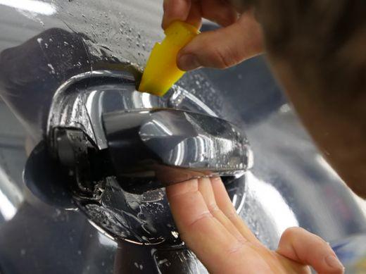 Film de protection de carrosserie premium brillant. Variance-auto