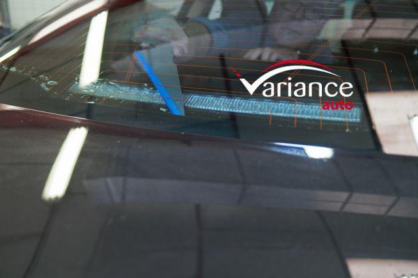 Raclette Titan : pour maroufler le bas des lunettes fixes. Variance-Auto