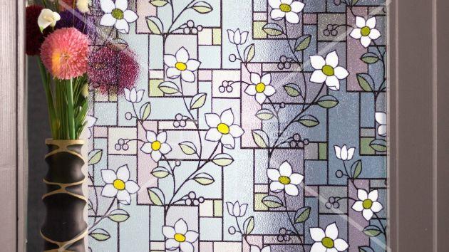 Film repositionnable coloré à fleurs. Luminis-Films