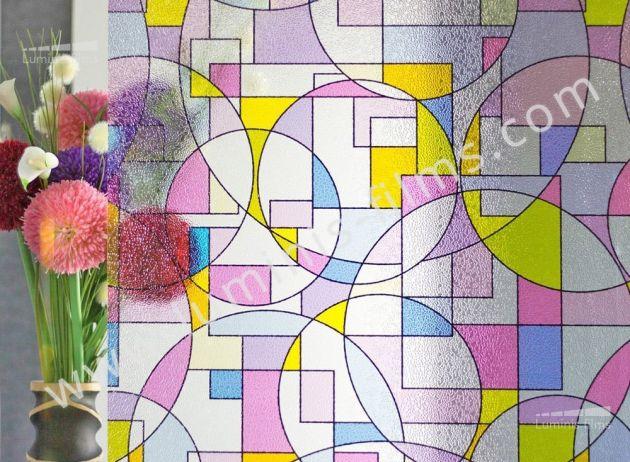 Film repositionnable à formes géométriques colorées. Luminis-Films