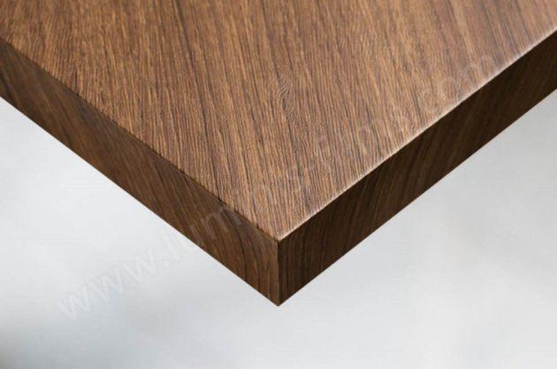 Adhésif imitation bois chêne marron structuré. Luminis Films