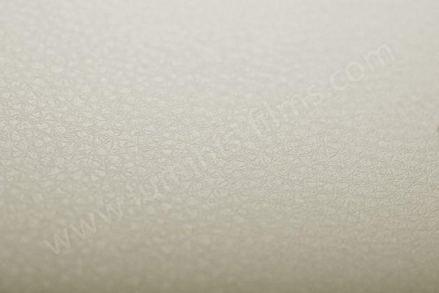 Adhésif effet cuir blanc cassé mat. Luminis Films