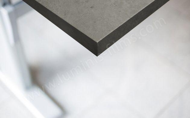 Revêtement adhésif béton gris foncé