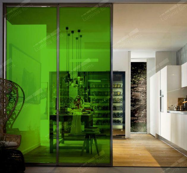 Film couleur transparent vert clair. Luminis Films