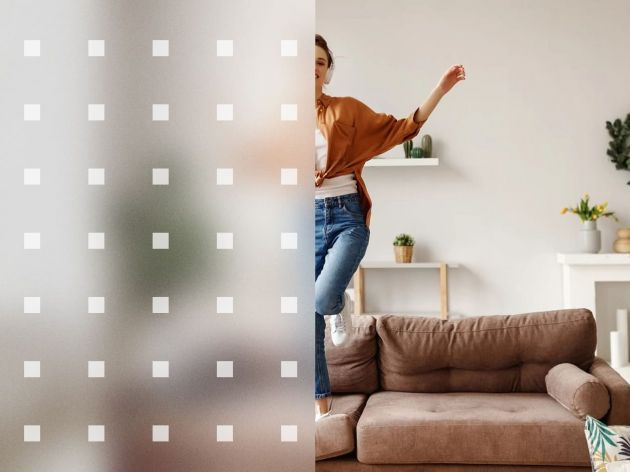 Film repositionnable dépoli à carrés blancs. Luminis Films