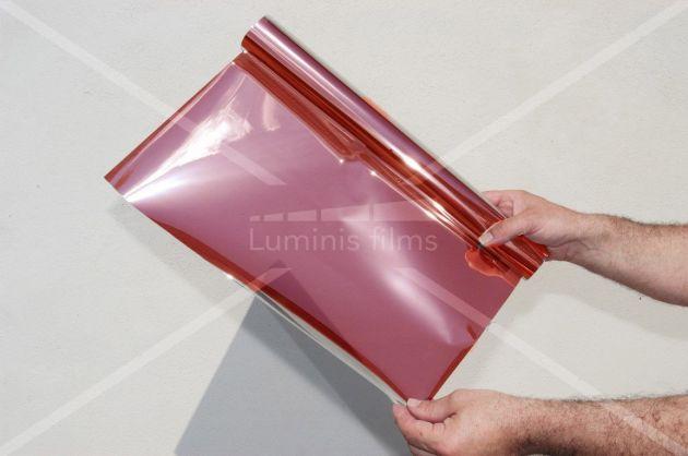 Film anti chaleur métallisé rouge. Variance Auto