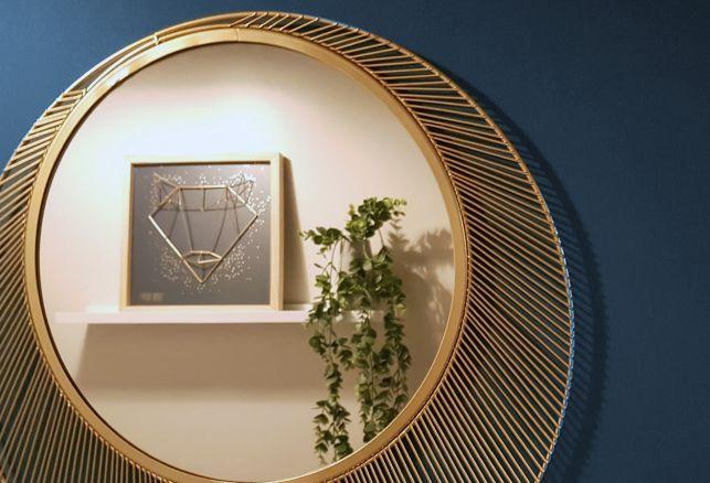 Comment embellir un couloir ?. Luminis Films