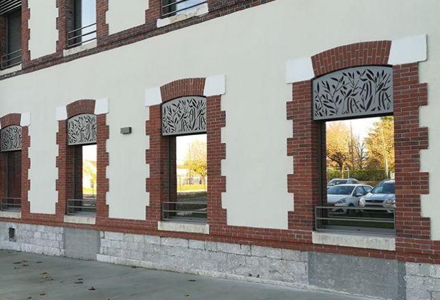 Habiller un bâtiment au charme prononcé. Luminis Films