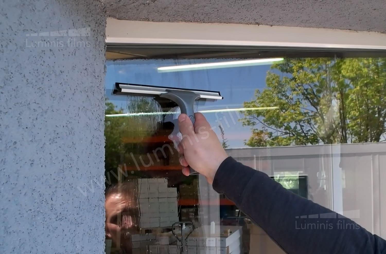 VS202  Raclette à vitres de 15 cm pour le nettoyage des vitrages. Luminis-Films