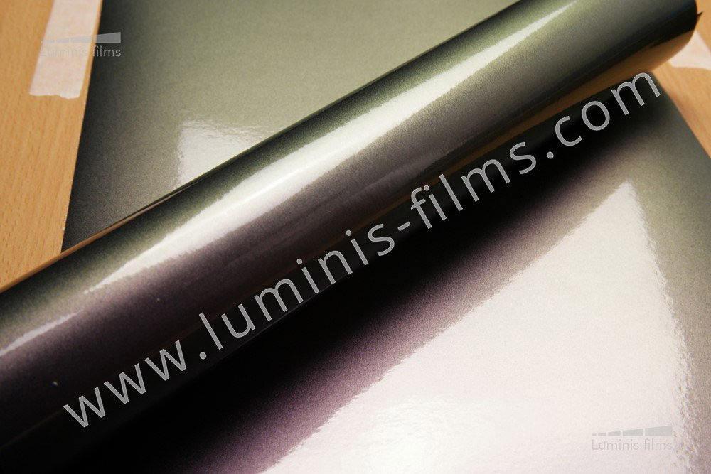 Revêtement décoratif caméléon violet/bleu nuit 3D. Luminis-Films
