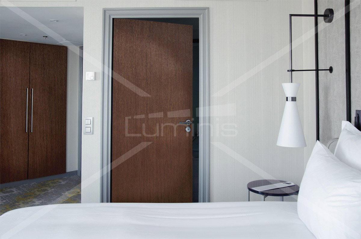 rev tement adh sif effet bois acajou fonc bois3 2203 luminis films. Black Bedroom Furniture Sets. Home Design Ideas