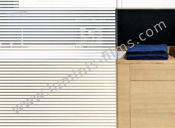 Film décoratif à bandes blanches de 10 mm. Variance Auto
