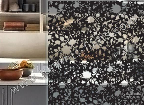 Film décoratif à motif floral noir. Luminis Films