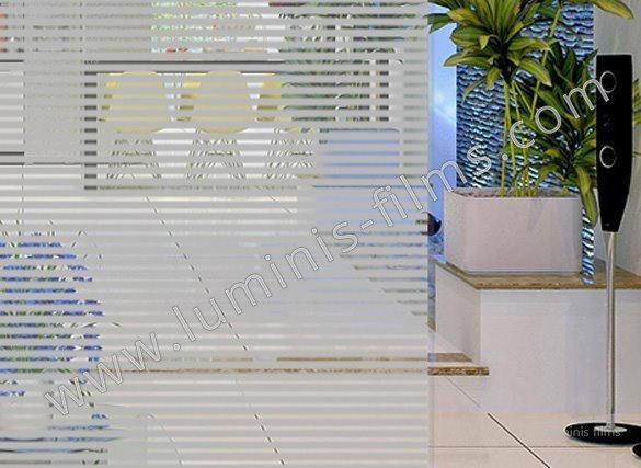 Film décoratif à bandes grises. Luminis-Films