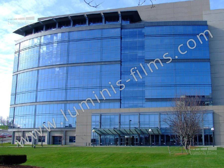 Film de protection solaire métallisé bleu. Luminis-Films