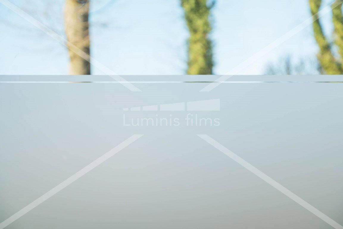 Film décoratif dépoli translucide - INT 420. Luminis-Films