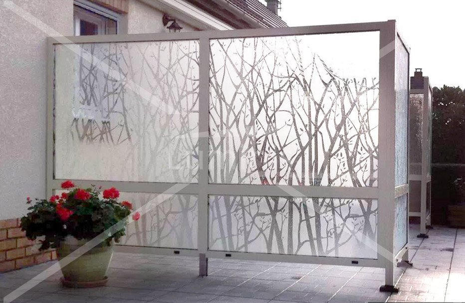 Film d coratif arbres d polis int 530 luminis films for Pellicule fenetre