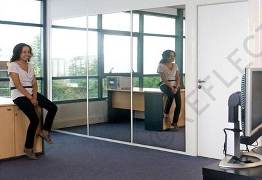 film miroir sans tain film effet miroir luminis films. Black Bedroom Furniture Sets. Home Design Ideas