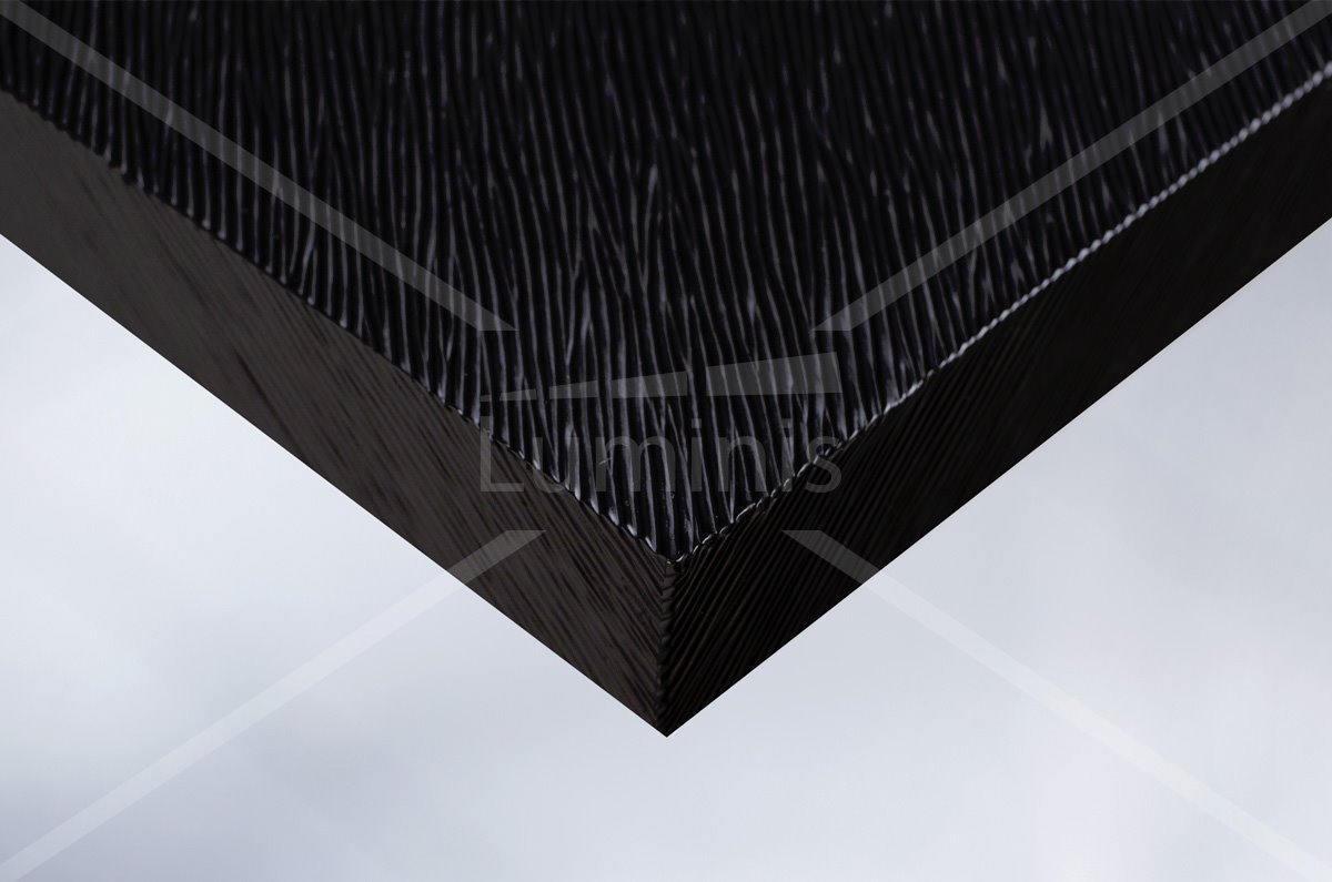 Film ton bois strié peint noir - X9. Luminis-Films