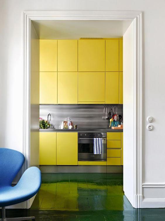 Revêtement décoratif jaune soleil mat - MAT-2333. Luminis-Films