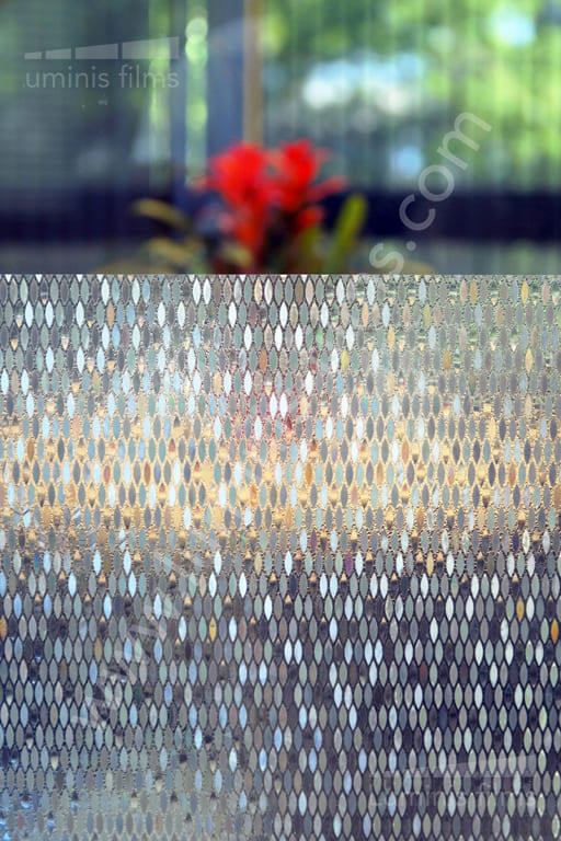 Film statique à losanges irisés. Luminis-Films