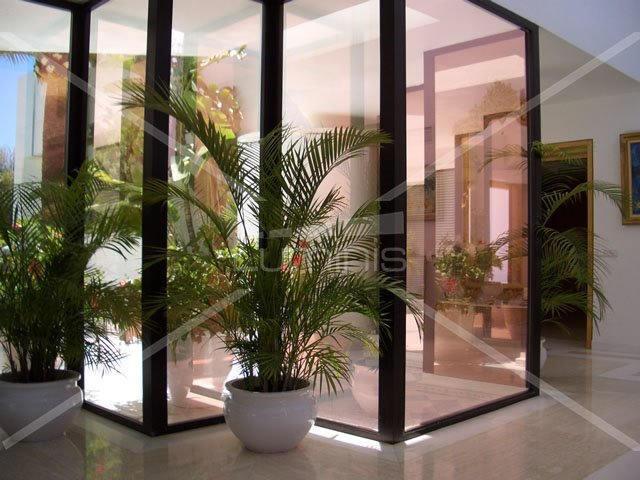 Film de protection solaire métallisé cuivre - GLASS-210x. Luminis-Films