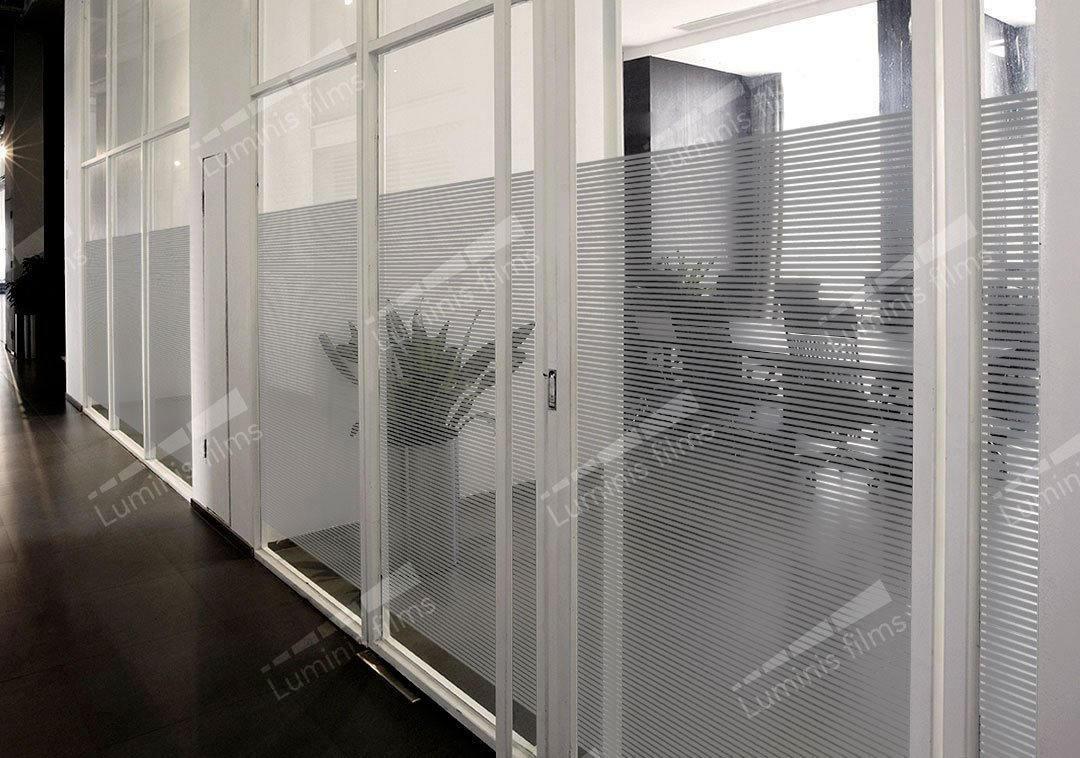 Film décoratif à bandes grises - DECO-529i. Luminis-Films