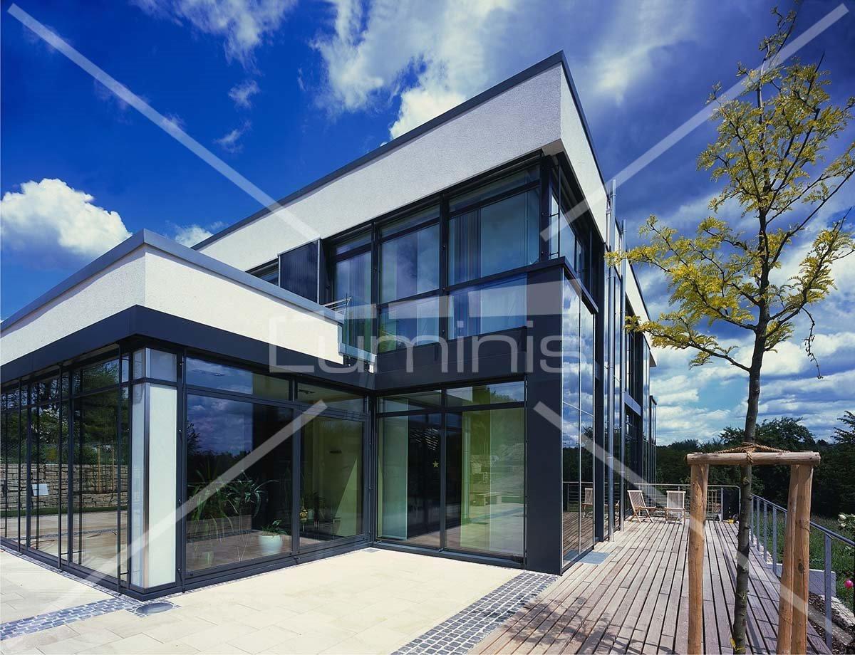 Film anti chaleur gris bleu clair multi 101i luminis films - Protection solaire maison ...