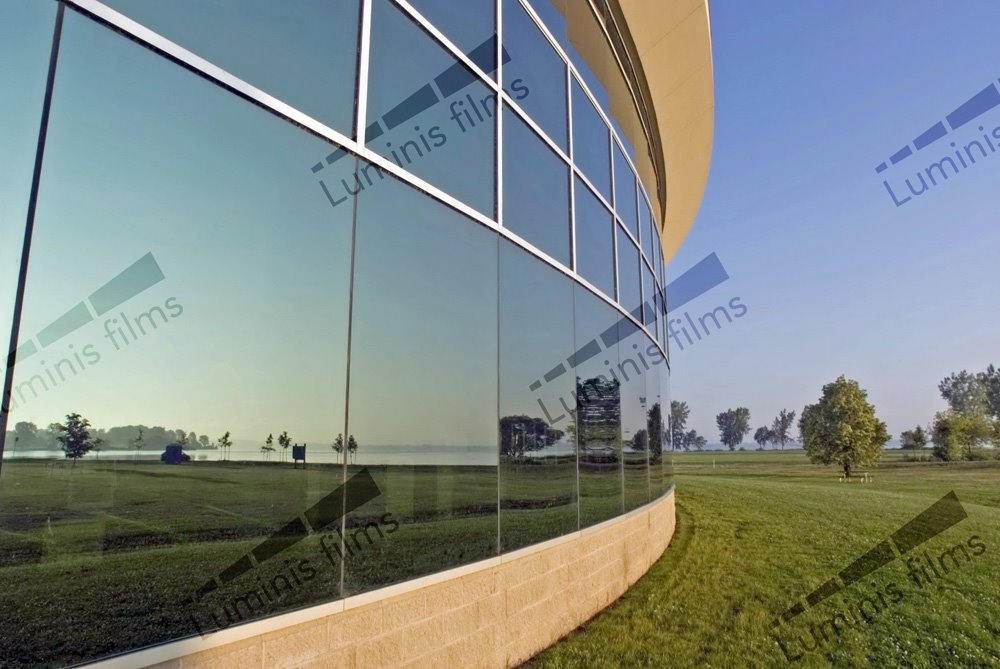 Film effet miroir sans tain neutre inox - MIROIR-209x. Luminis-Films