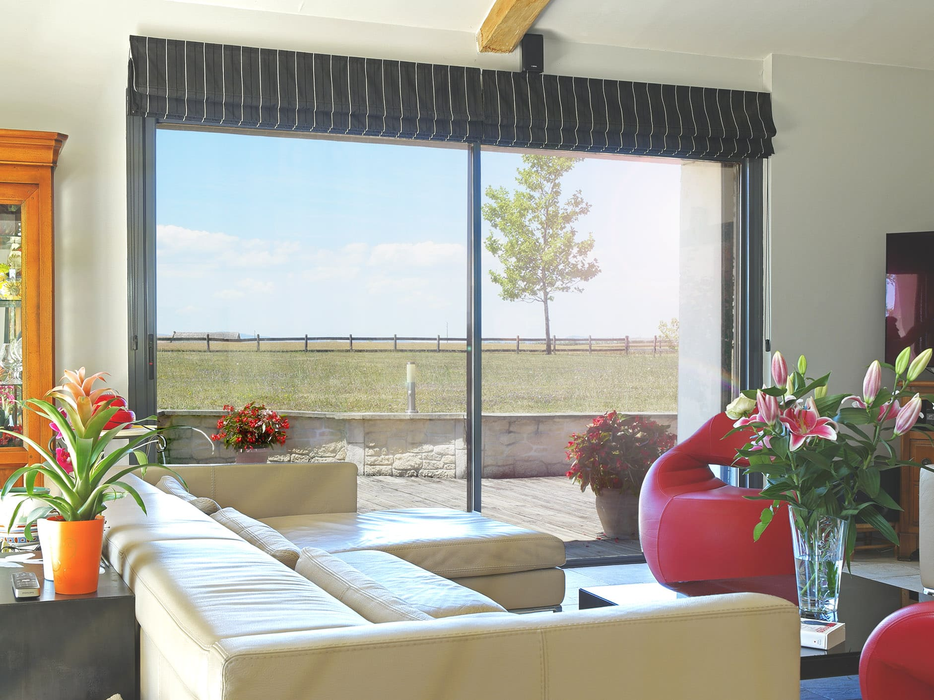 Vitrage équipé du film sécurité solaire anti-chaleur en vue intérieure