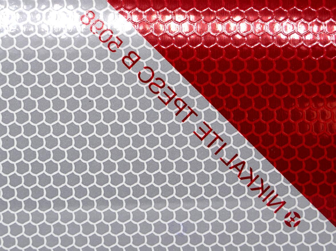 Film de balisage homologué classe B côté droit - norme TPESC-B-5098. Variance Auto