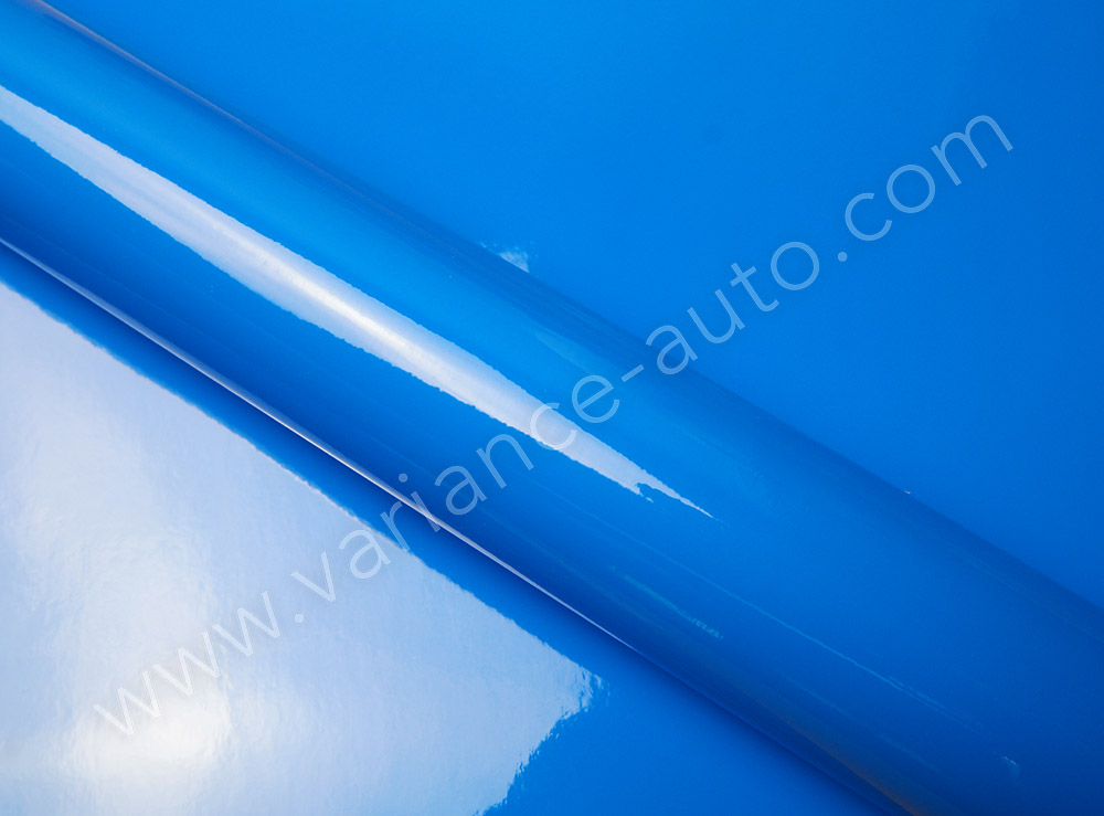 Film covering  bleu brillant 2D - GLOSS-4305