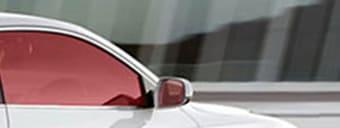 Film automobile tuning rouge cerise. SDAG ADHÉSIFS