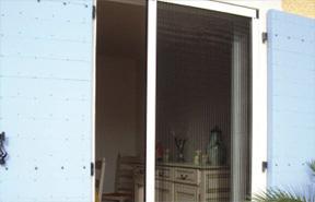 moustiquaire sur mesure variance store le sp cialiste du store sur mesure. Black Bedroom Furniture Sets. Home Design Ideas